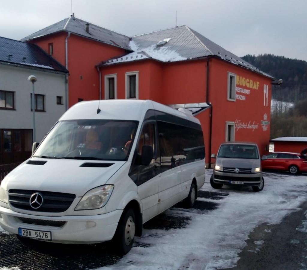 Vydejte se na hory společně s našimi autobusy 11